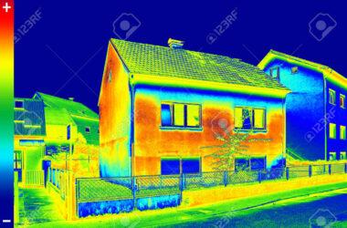 32497881-infrarossi-termovisione-immagine-che-mostra-la-mancanza-di-isolamento-termico-su-house